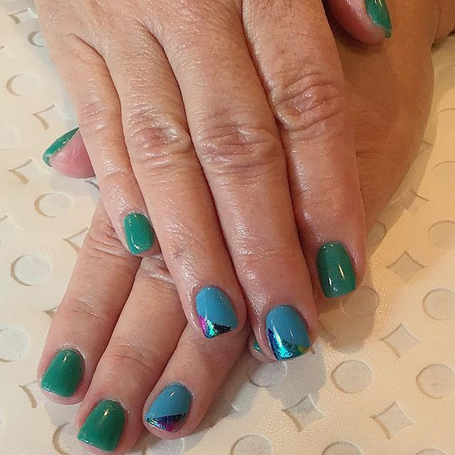 Bring on spring! #cndshellac #nailsoncrockett #nailsofinstagram #nailswag