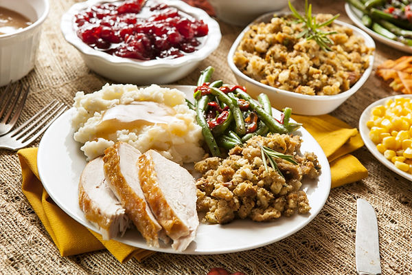 Thanksgiving Plate and Sides 5616x3744_edited.jpg