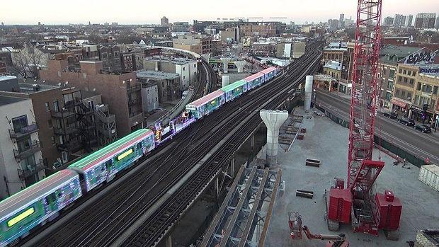 CTA_holiday_train_900.jpg
