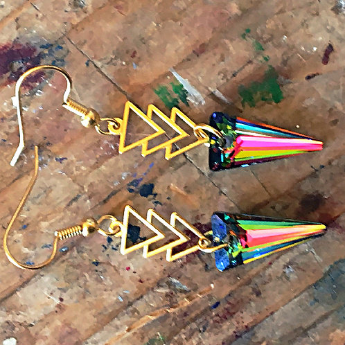 UNUSUAL PRISM TRIANGLE EARRINGS WITH SWAROVSKI® CRYSTALS IN CHERRY GREEN OCHRE