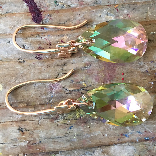 LUMINOUS GREEN SWAROVSKI® CRYSTALS EARRINGS 18k ROSE GOLD BOW PERIDOT CHRYSOLITE
