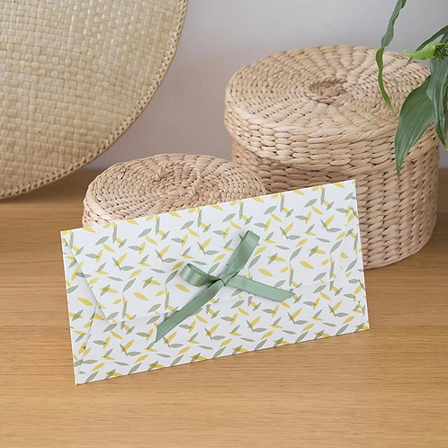 LES BELLES MUSETTES - Enveloppe cadeau Maud Vert feuillage