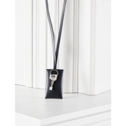 ETERNEL PARISIEN - é.p. 211 — Sésame urbain, version pendentif, noir