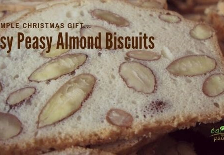 A simple Christmas gift...Easy Peasy Almond Biscuits