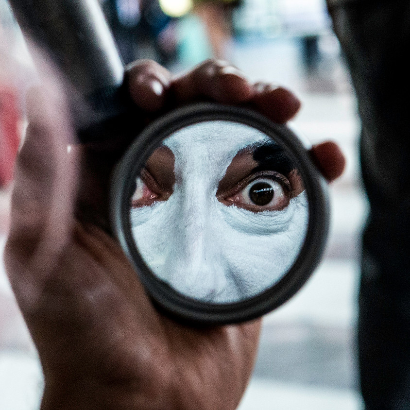 "Mostra fotográfica ""Olhar outros olhares"" de Luis Paganeli"