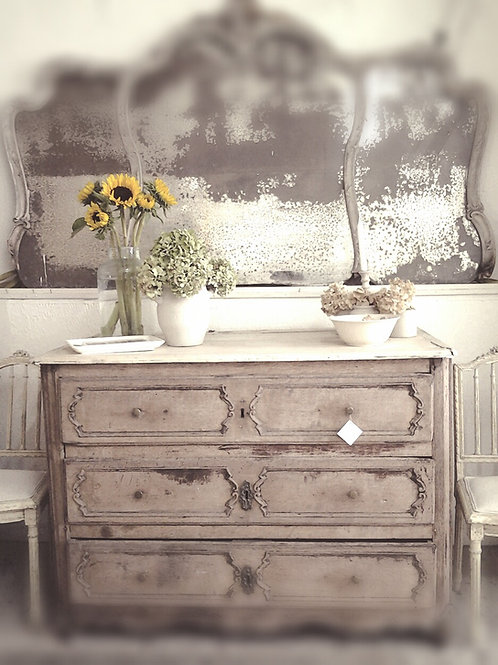 Beautiful bleached French chest of drawers