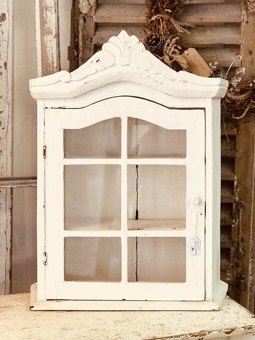 Pretty white display cabinet