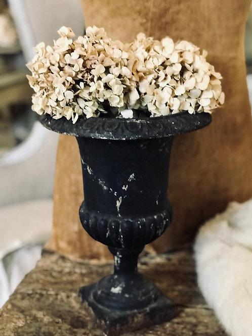 Pretty french urn
