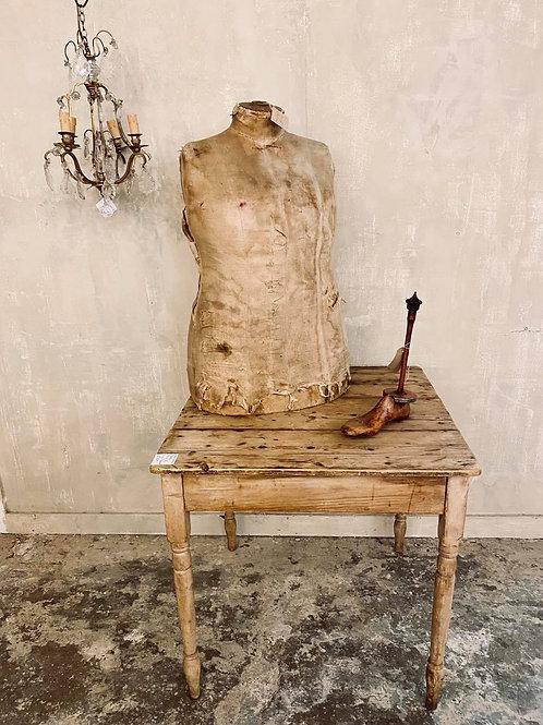Man's Mannequin