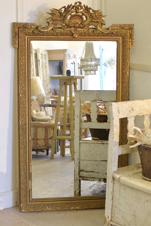 Early 19th century gilt french mirror