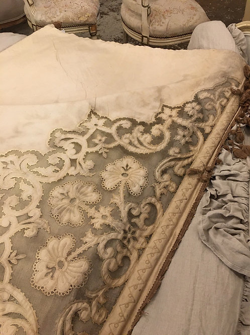 Victorian lace edged blind