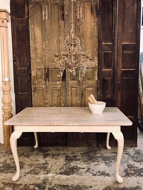 French style dinning table