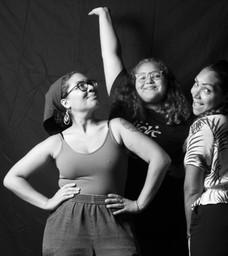 Subete II, with Siempre Contigo Inc Co-Founder Brandis Cuevas (hermana) and our niece Jade!
