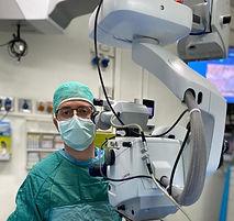 """ד""""ר אלבז אורי בחדר ניתוח"""