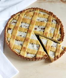 Ricotta and chocolate tart