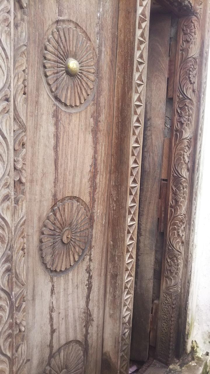 Zanzibar Door5.jpg