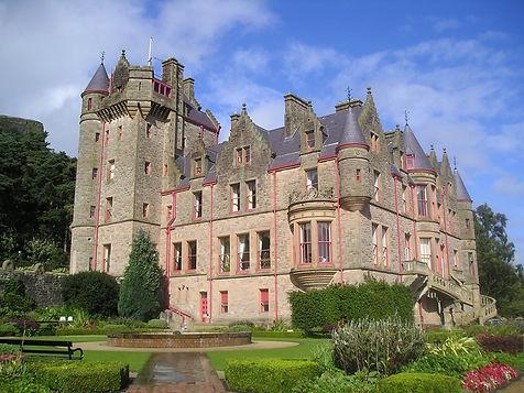 castle-829311_1920.jpg