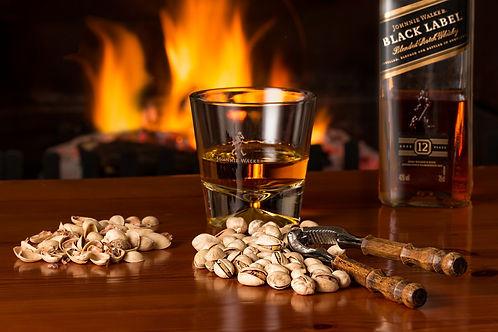 whisky-3450670_1920.jpg
