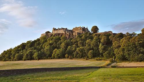 castle-3619706_1920.jpg