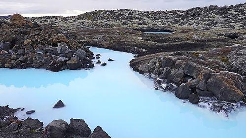 the-blue-lagoon-4510811_1920.jpg