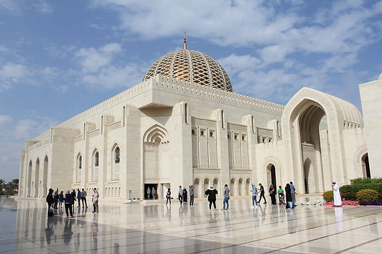 sultan-qaboos-grand-mosque-3228100_1920.