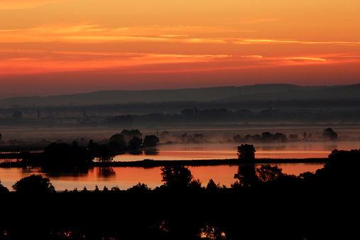 sunset-114557.jpg