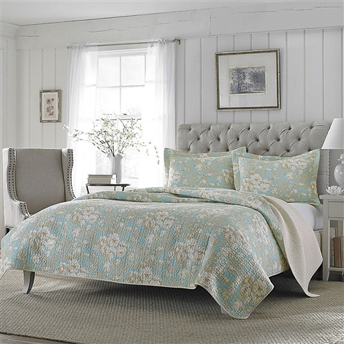 Home > Bedroom > Quilts & Blankets > King size 3-Piece Reversible Cotton Quil