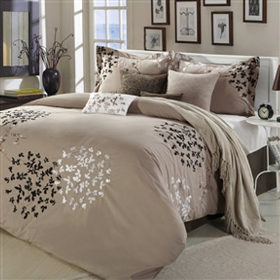 Home > Bedroom > Comforters and Sets > Queen size 8-Piece Comforter Set in Li