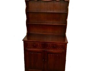 おすすめの英国ビンテージ家具|1970年製 オーク材のカップボード
