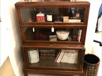 ブックケース(グローブ・ウェルニッケ社)|英国ビンテージの家具なら鎌倉アンティークス