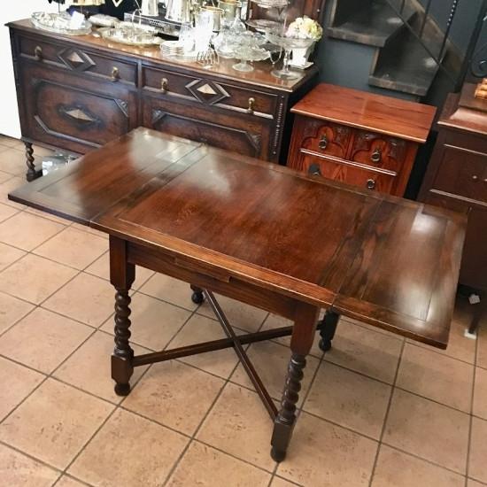 1930年代製作のドローリーフテーブル