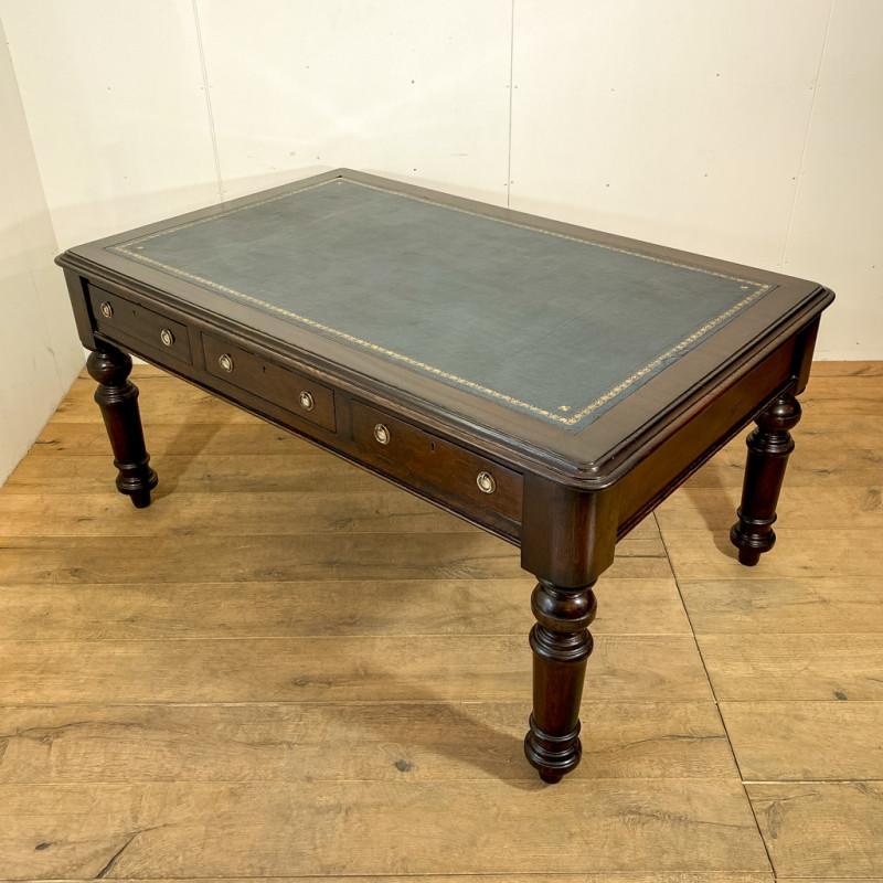 ライブラリーテーブル(1880年代)のご紹介|英国アンティークの家具なら鎌倉アンティークス