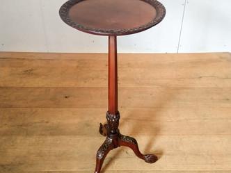 ワインテーブル(ビクトリアン)のご紹介|英国アンティークの家具なら鎌倉アンティークス