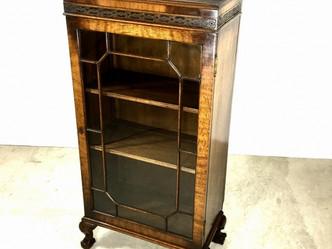 ブックケース(1920年代製)のご紹介|英国アンティークの家具なら鎌倉アンティークス