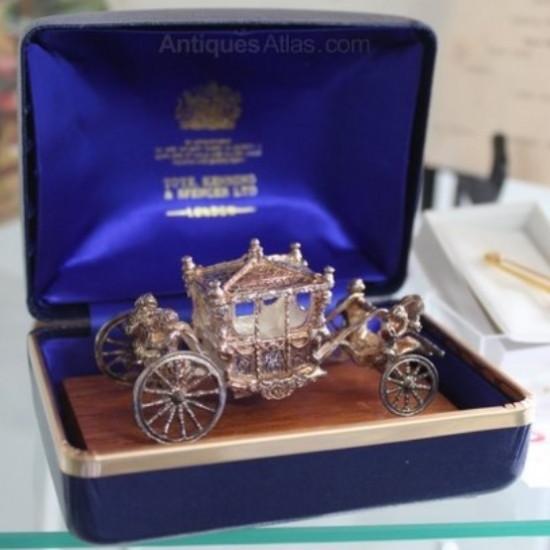 エリザベス2世のシルバージュビリー記念品