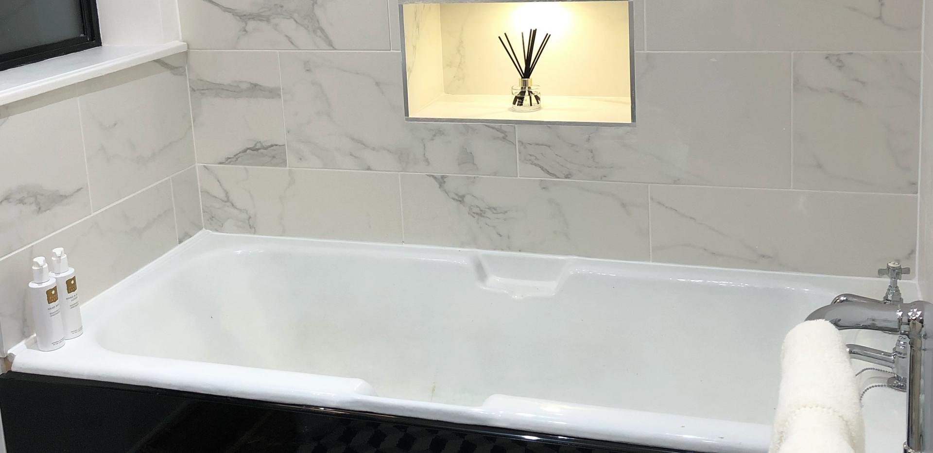 Endymion-main-bathroom-keswick.jpg