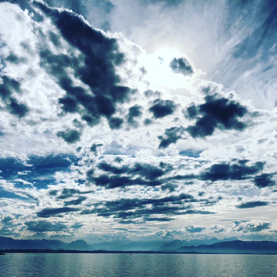 Wolkenspiel über dem Bodensee