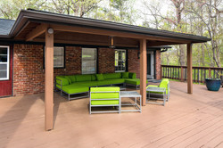 the-kenzie-apartment-homes-apartments-for-rent-birmingham-al-35242-outdoor-seating.jpg
