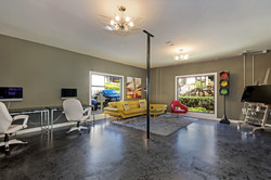 the-crawford-at-east-cobb-apartments-for-rent-marietta-ga-30062-business-center.jpg