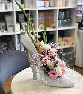 Large Shoe Flowers