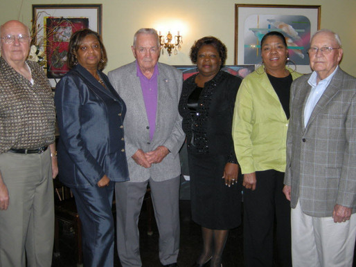 Desegregation Pioneers Reunited with US Marshals