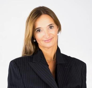 Leonora Profile Photo.webp