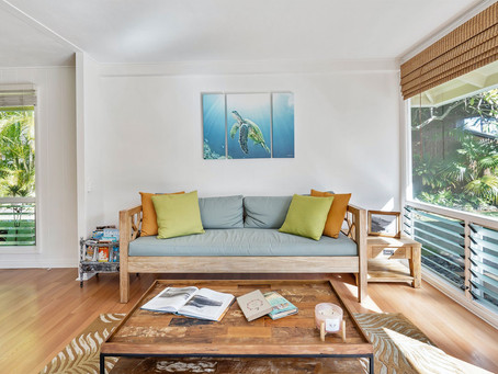3 SIMPLE WAYS TO MAKE A SMALL SPACE LOOK BIGGER