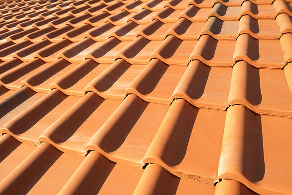 overlapping-rows-of-yellow-ceramic-roofi