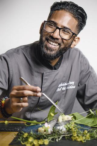 Le chef Joey Atchama