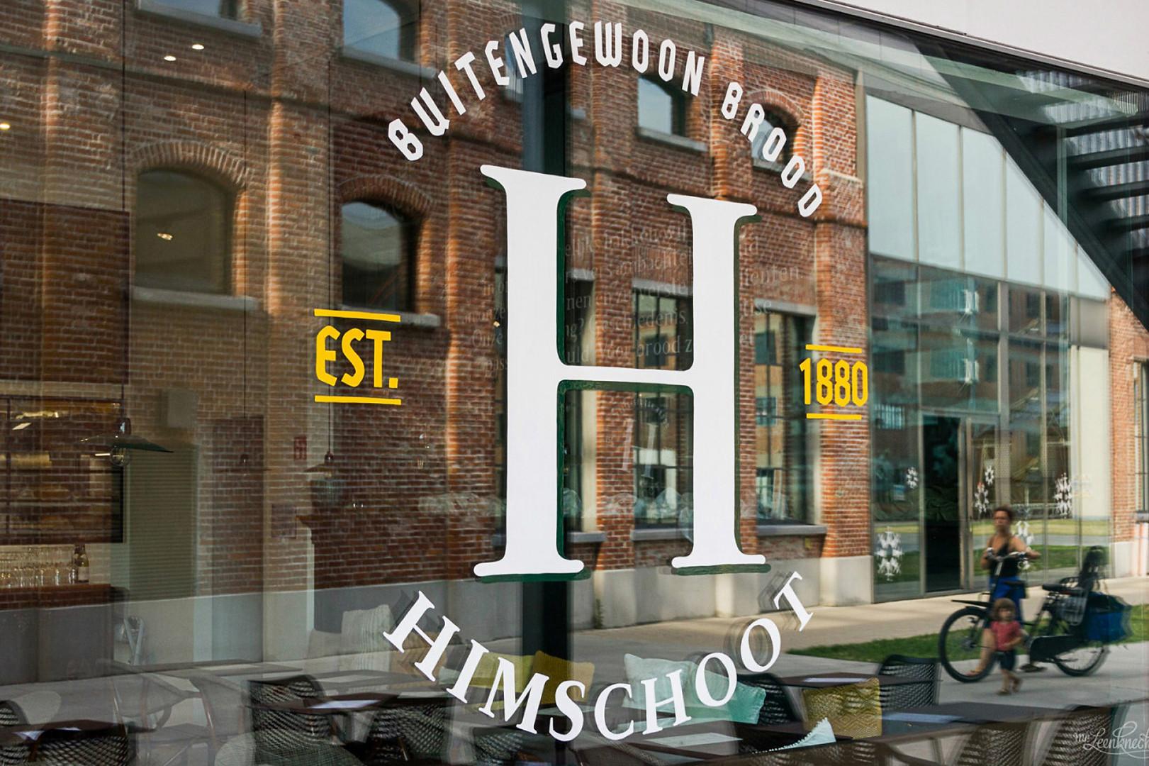 himschoot window.jpg