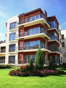 近代的なアパートのブロック