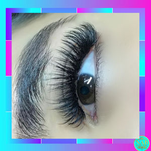 Best Lash Extensions Near Me Lash Box LA Certified in Mega Volume ...