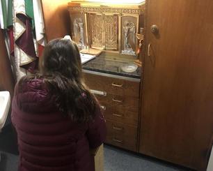 praying in jesus closet.jpg