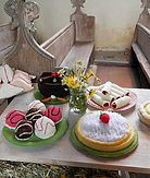 Knitted cakes web.jpg